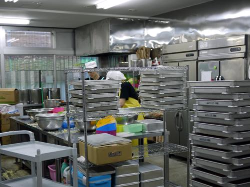 雷神ぎょうざ工場3工場